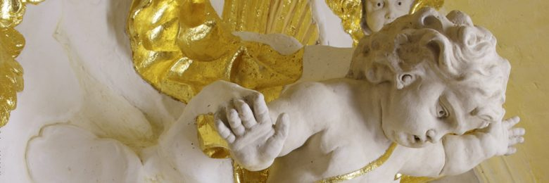 Les Retables : représentation et mise en scène du sacré